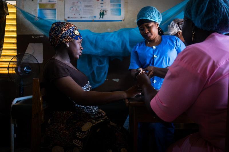 Ensemble pour une QUalité des soins Inclusive et Transparente, orientée vers l'Egalité genre - 'Bonne santé'