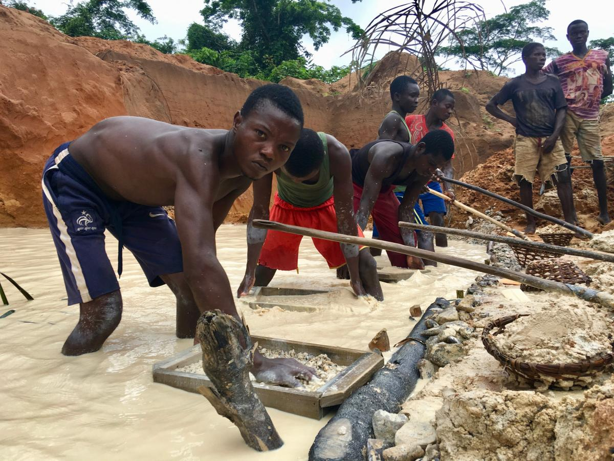 Responsible sourcing of gold and diamonds from Central Africa