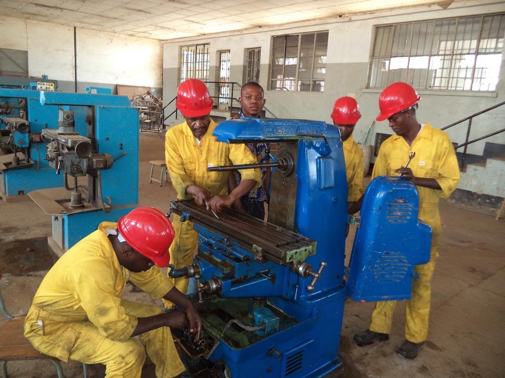 Appui à l'enseignement technique et la formation professionnelle au Katanga (EDUKAT)