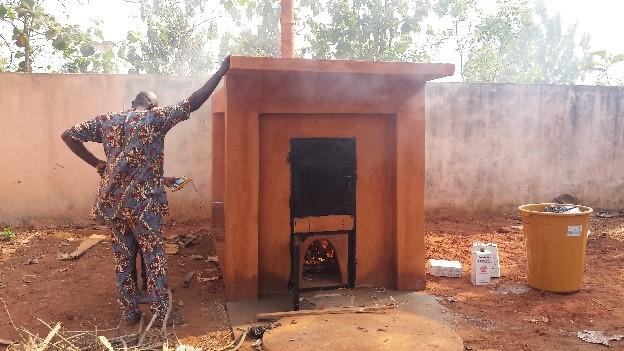 Un nouvel incinérateur valorisant les matériaux locaux