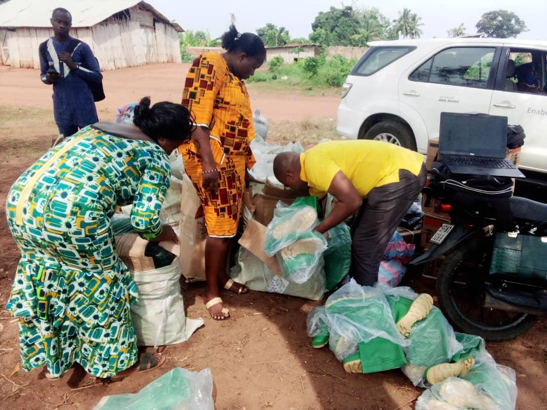 Enabel accompagne les producteurs d'ananas du Bénin pour l'obtention de la certification GLOBAL Good Agricultural Practice (GLOBAL G.A.P)