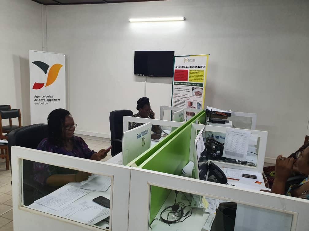 Stop propagation du Coronavirus Enabel au Bénin accompagne le Ministère de la Santé pour la mise en place d'un centre d'information et de conseils sur