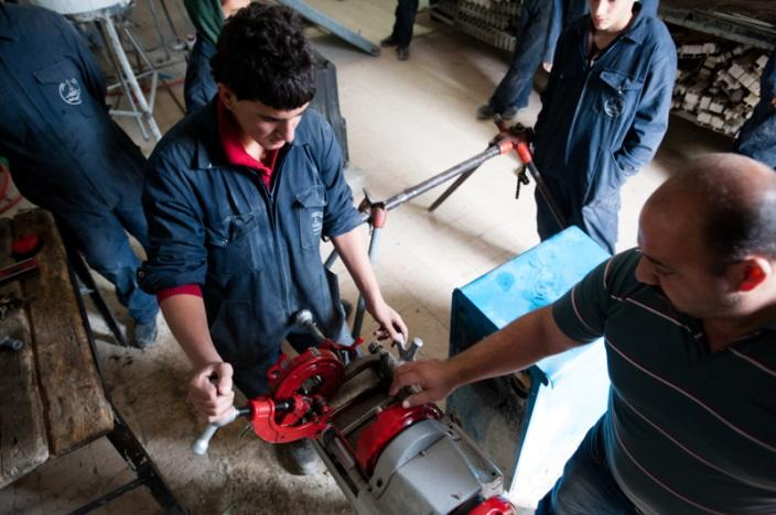 Informal apprenticeships : slavery or a once in a lifetime opportunity?