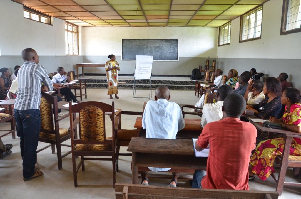 Les clubs d'écoute au service de la communication pour le développement