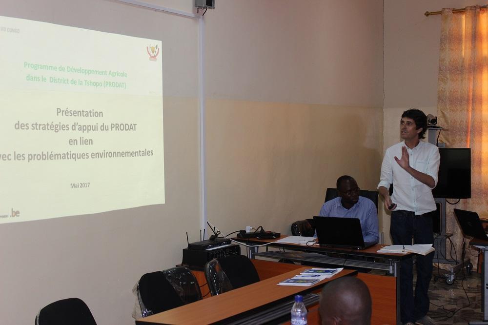 Les stratégies d'appui agricole en lien avec les problématiques environnementales