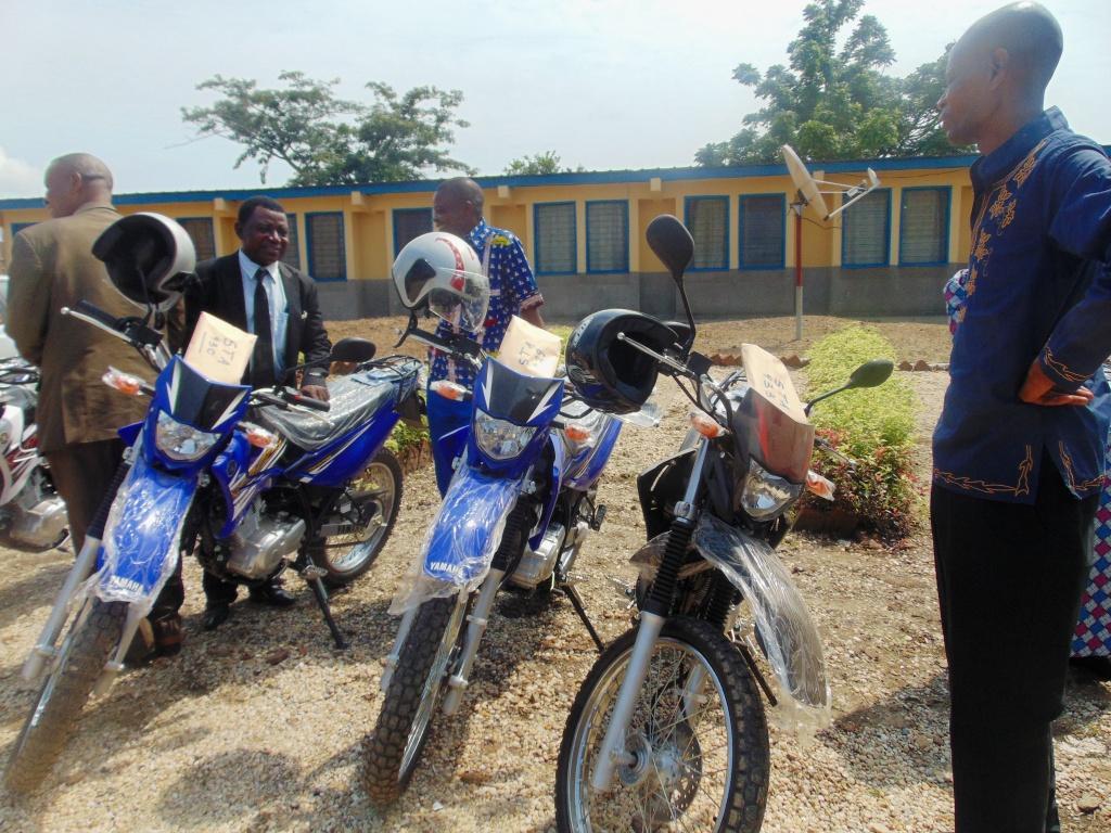 Vingt-deux motos pour améliorer la qualité de l'enseignement technique
