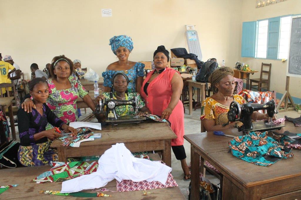 Renforcement des compétences en coupe/couture et en gestion de deux  associations des personnes vivant avec un handicap à la Tshopo.
