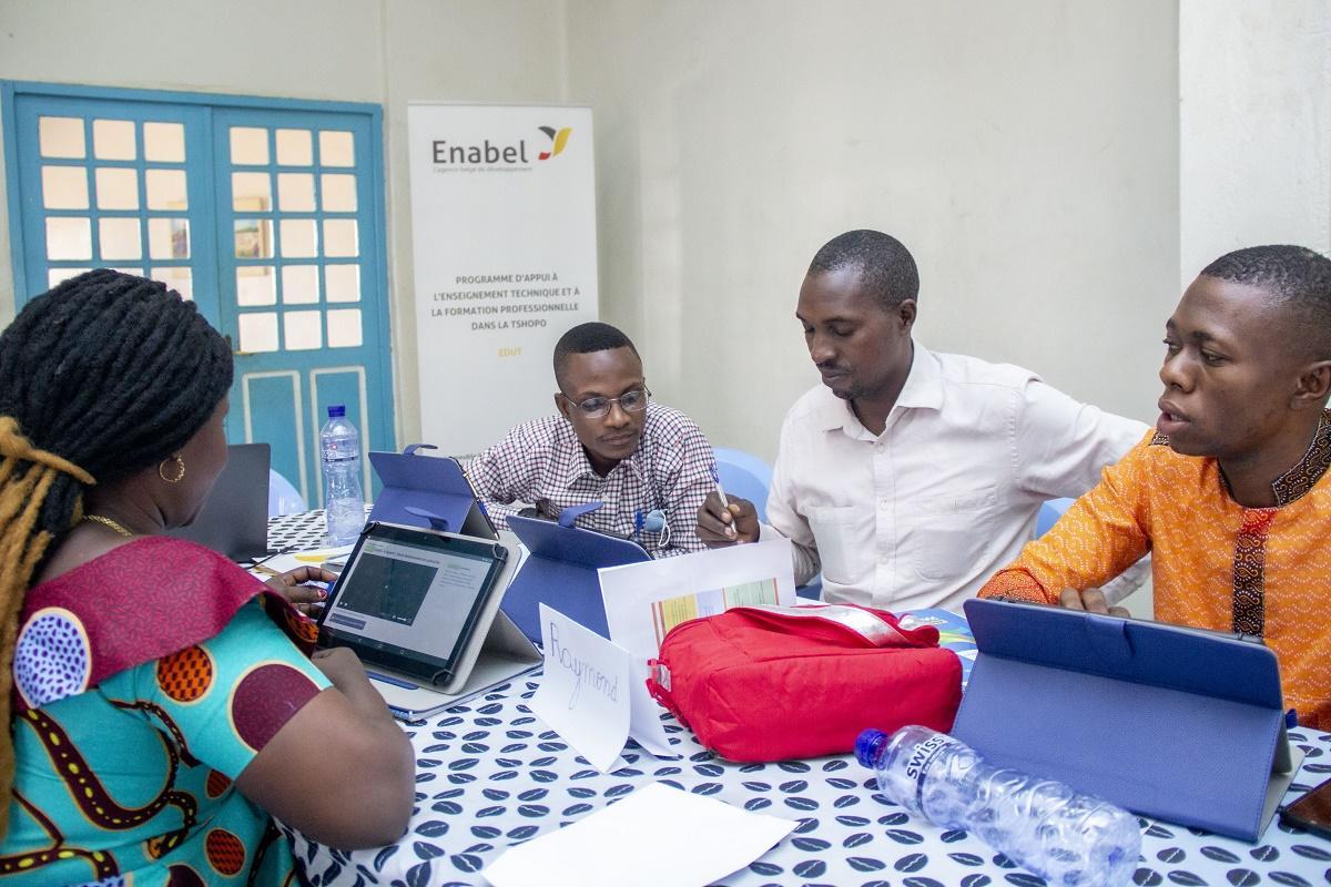Les écoles de la Tshopo se mettent à la Bibliothèque numérique