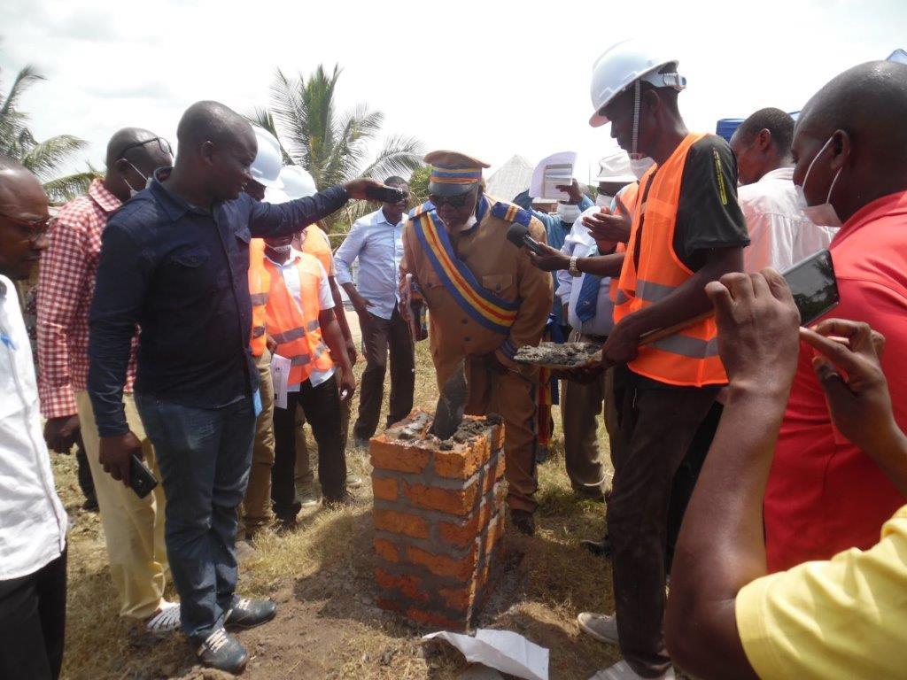 Réhabilitation des systèmes d'eau existants à Kindu & Kailo