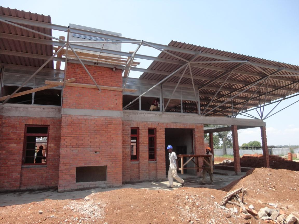 Building in East-Africa: Focus on Sustainable Architecture and Energy