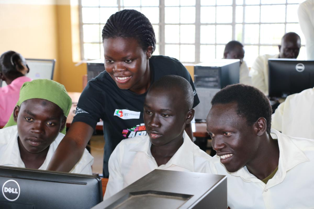 Digitalization for Development: computer skills for refugees