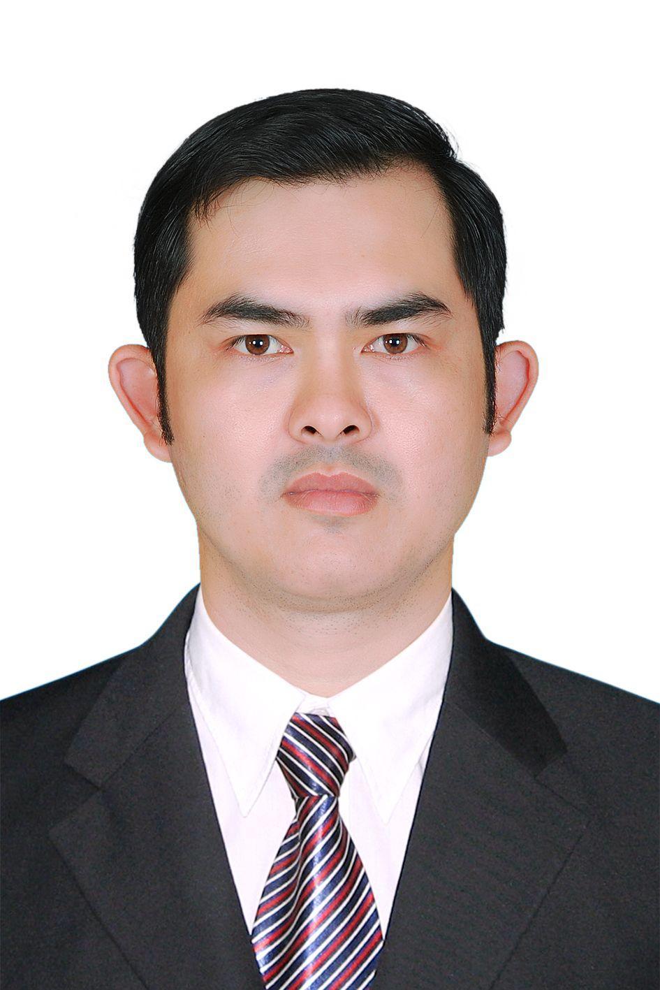 Nguyen Kien, Cuong, un boursier Vietnamien explique sa contribution à son pays