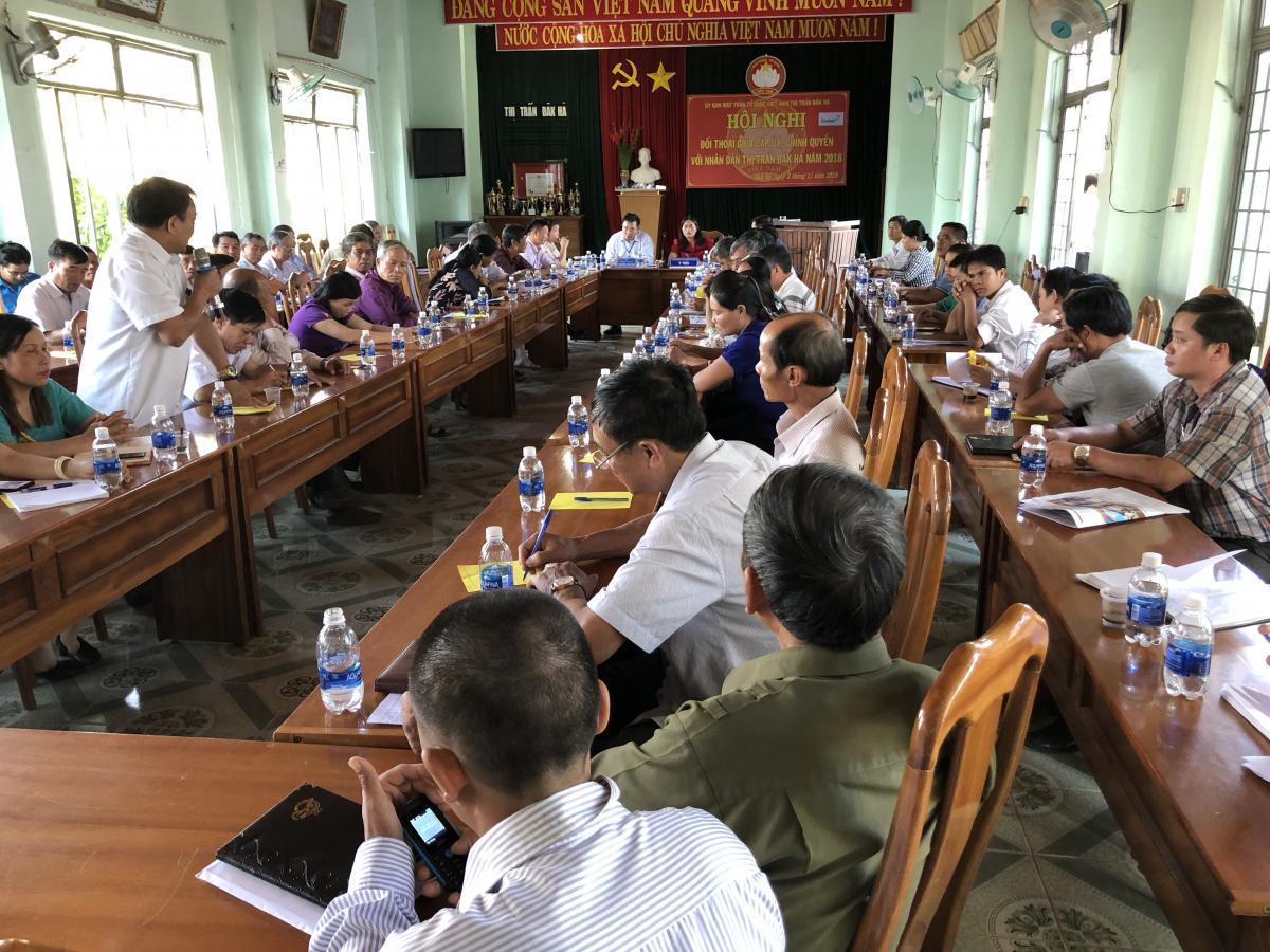 Citizens' dialog saw around 100 participants